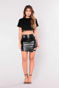 Stay Hungry Crop Top - Black Angle 4