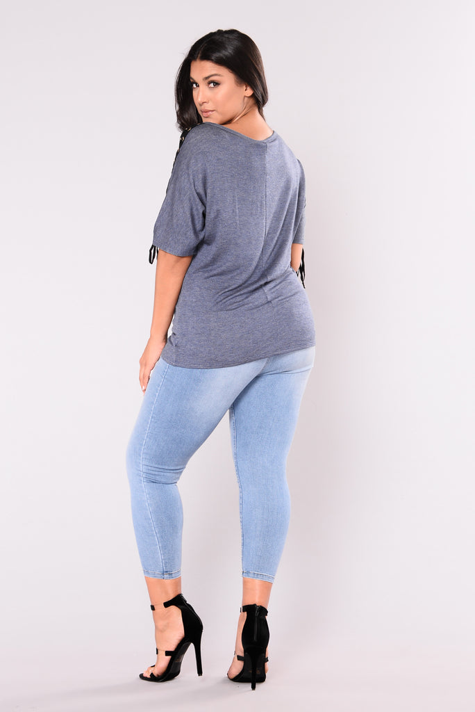 Boy Bye Booty Shaping Jeans - Medium Denim