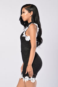 Lacey Dreams Dress - Black Angle 3