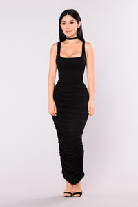 Maritza Ruched Dress - Black