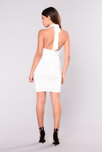 Twiggy Chocker Dress - Ivory