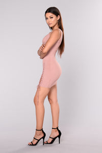 Taelyn Ribbed Dress - Blush Angle 3