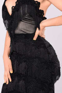 Main Event Fringe Dress - Black