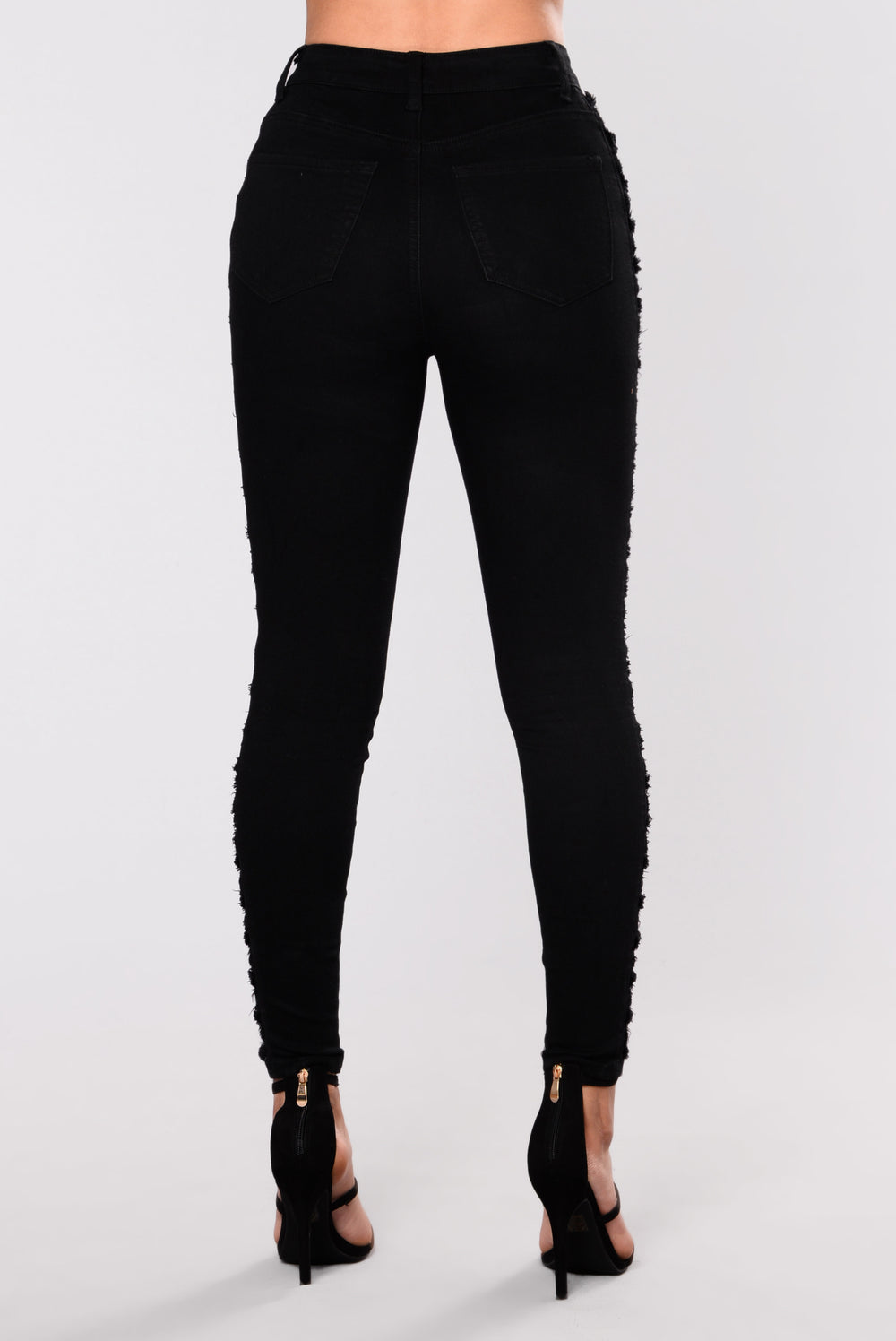 HiJacked Frayed Jean - Black