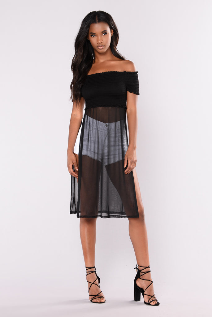 Kalin Off Shoulder Crop Top - Black