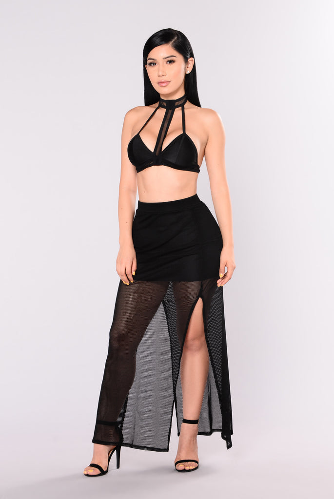 Good Catch Fishnet Skirt - Black