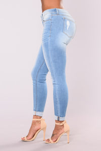 Genesee Low Rise Skinny Jeans - Light Blue