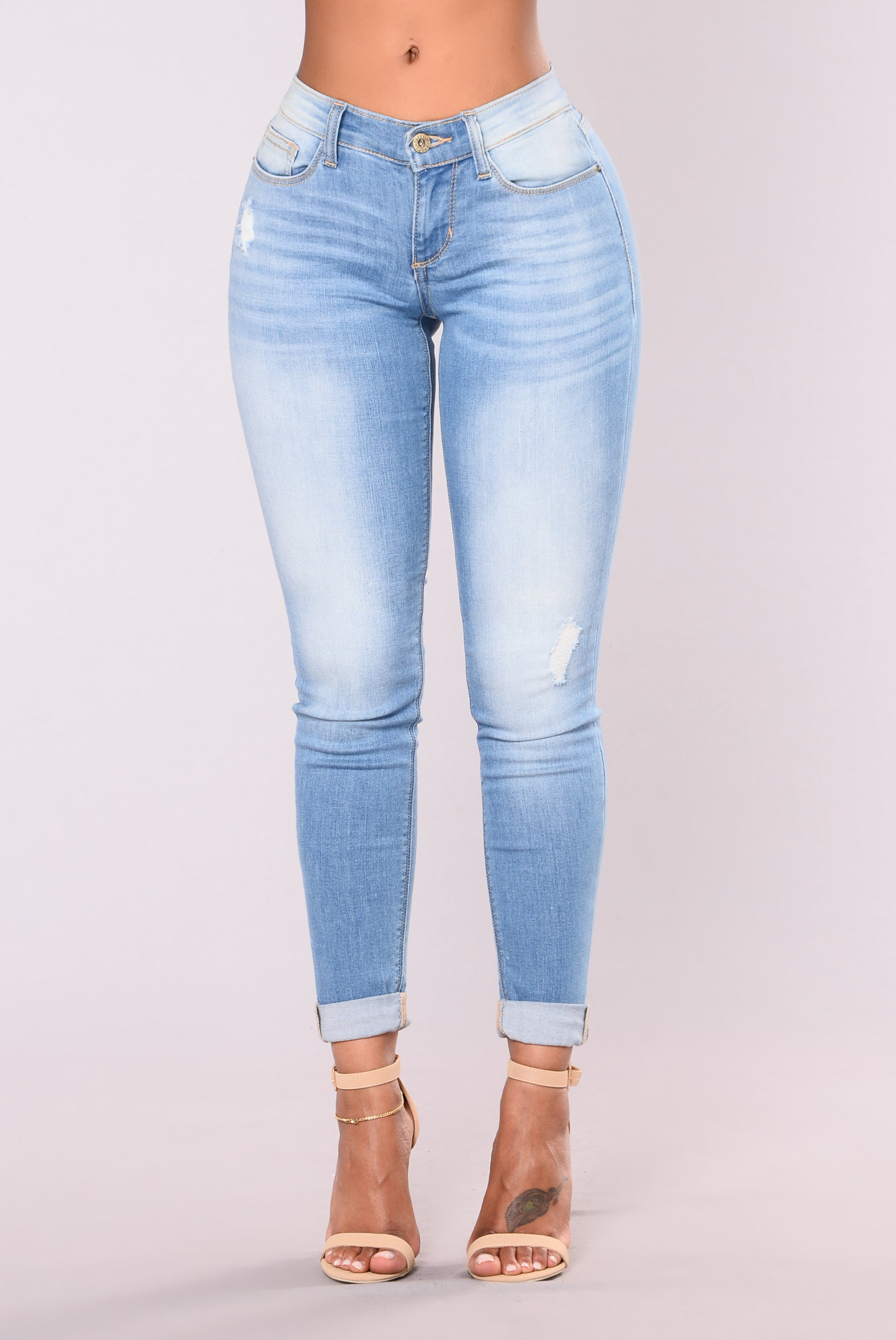 Low rise light blue skinny jeans
