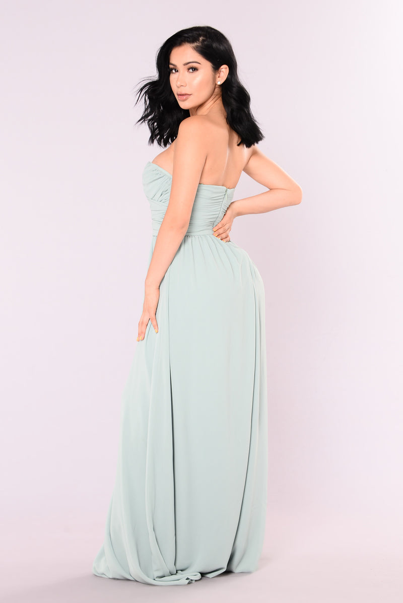 A Night In Florence Maxi Dress - Sage
