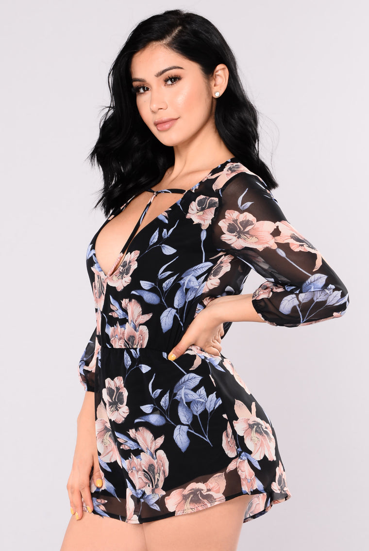 Close My Eyes Floral Romper - Black Floral