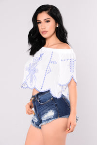 Regina Off The Shoulder - Off White
