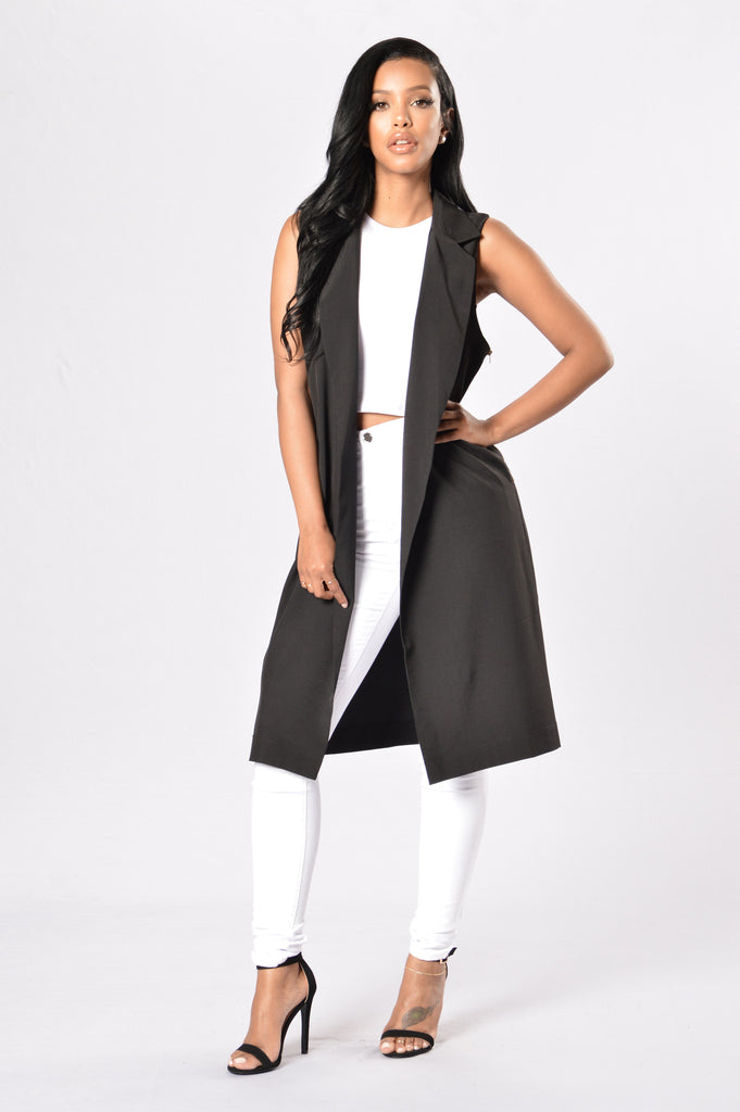 Standing Tall Coat - Black