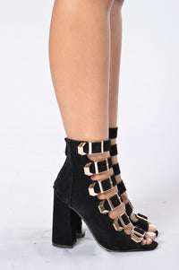 Take Me Everywhere Heel - Black