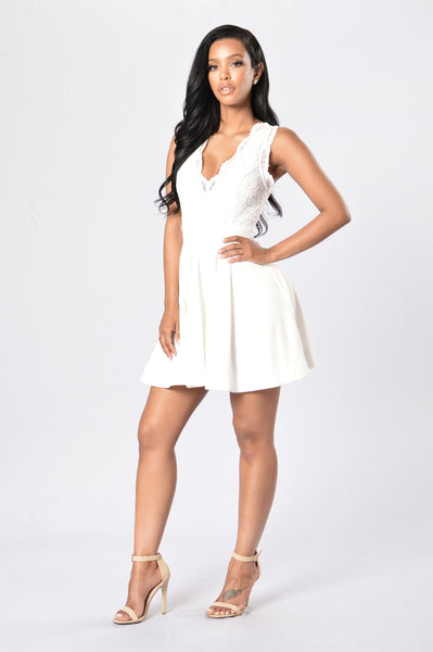 Apple Of My Eye Dress - Ivory