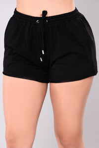 Kick Back With You Shorts - Black