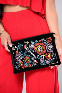 Isabel Embroidered Clutch - Black