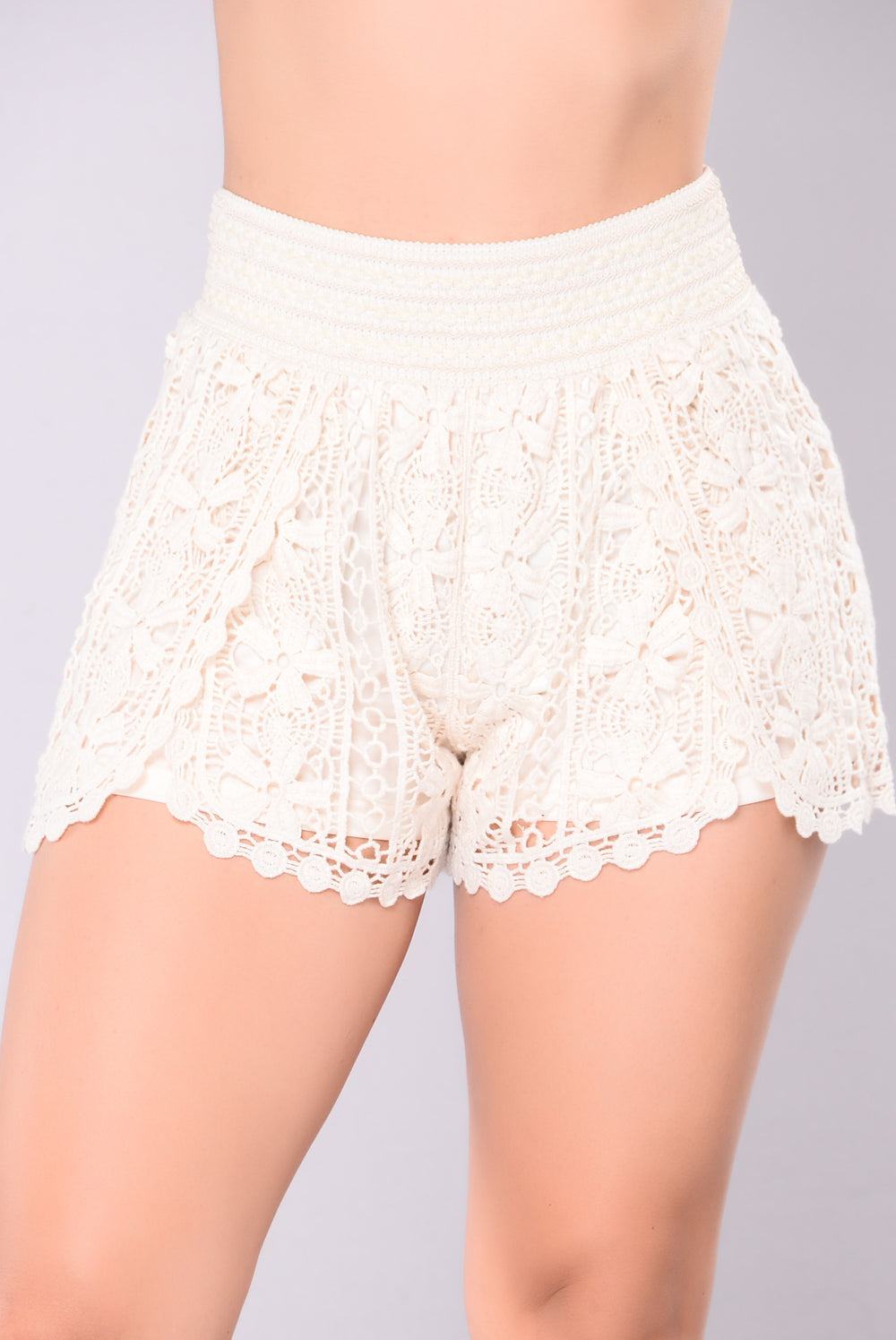Emma Crochet Shorts - Cream