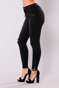 Call Me Maybe Distressed Jeans - Black