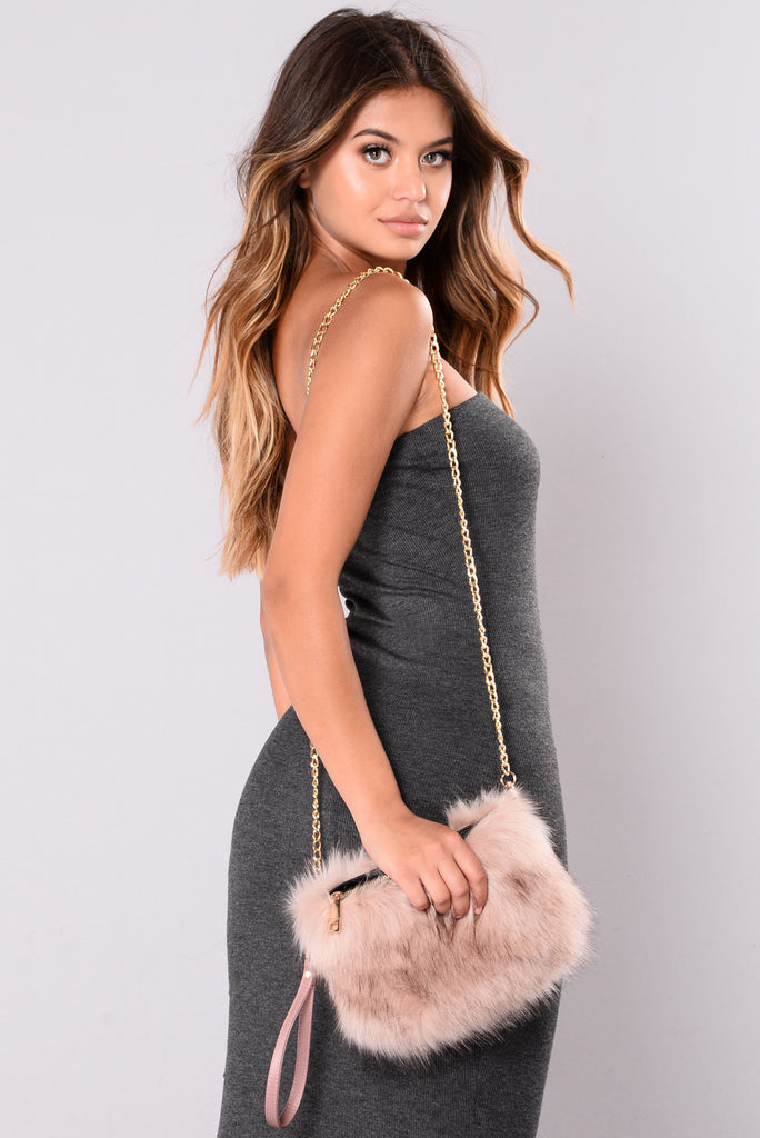Hera Fur Clutch - Mauve