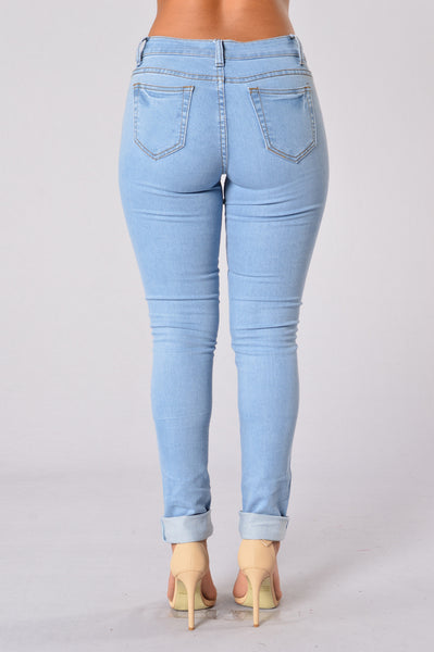 Basically Basic Jeans - Light Blue