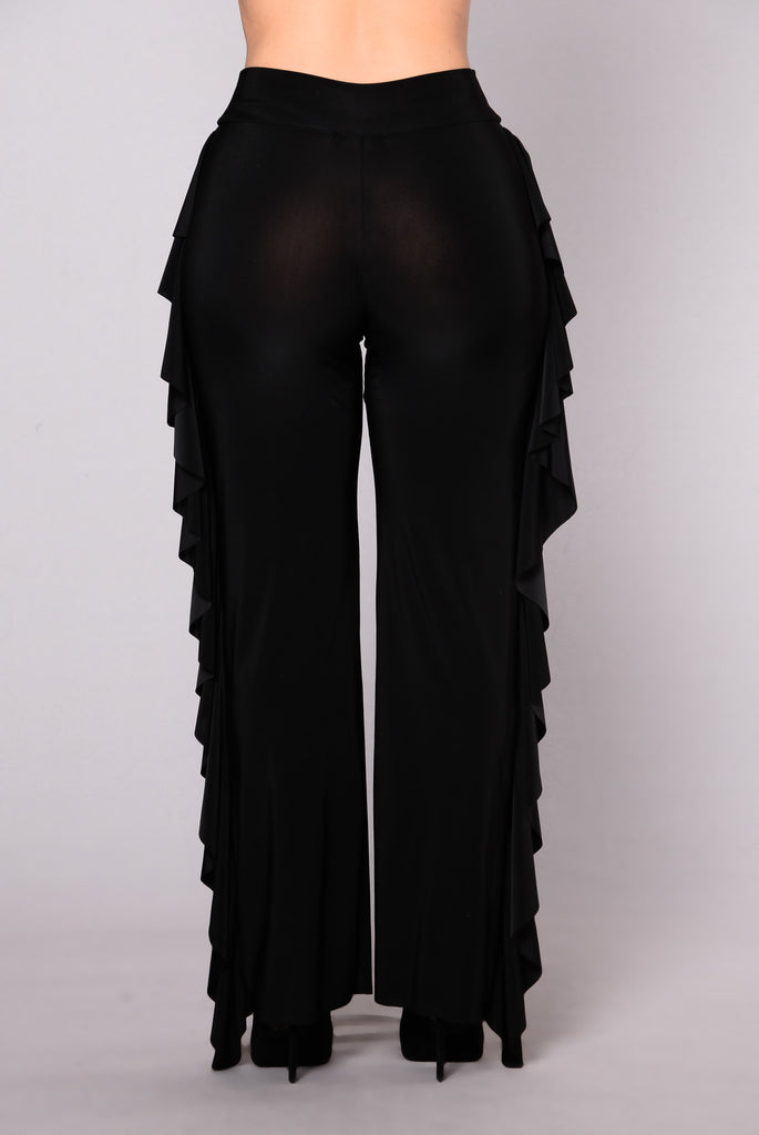 The Venue Ruffle Pants - Black