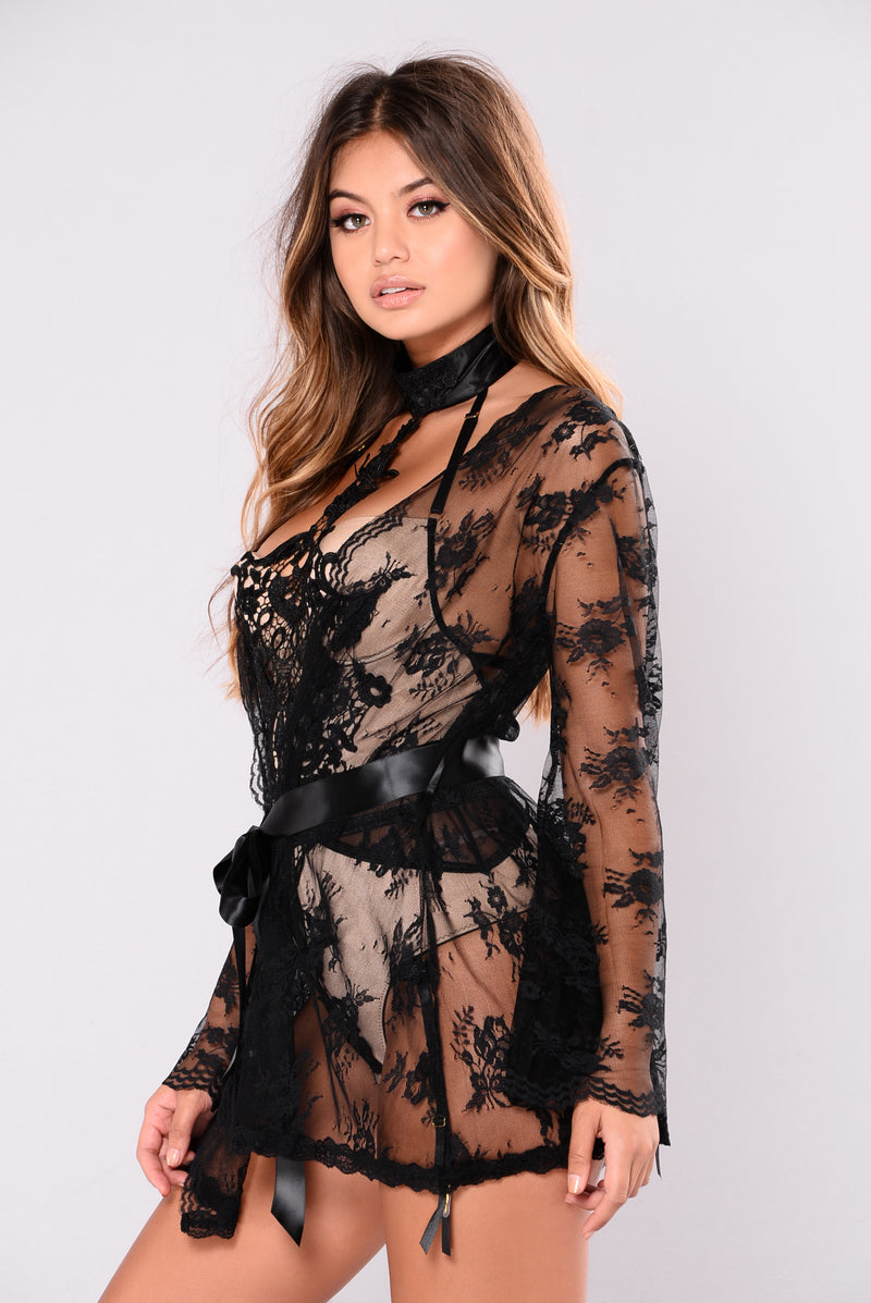 Don't Wake Me Up Lace Robe - Black