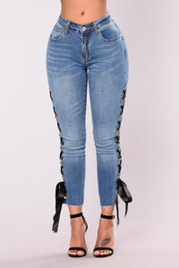 August Grommet Jeans - Light