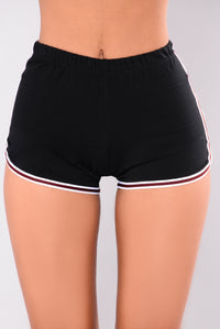 Quincy Dolphin Shorts - Black