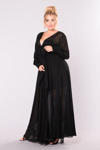 Vickie Maxi Dress - Black
