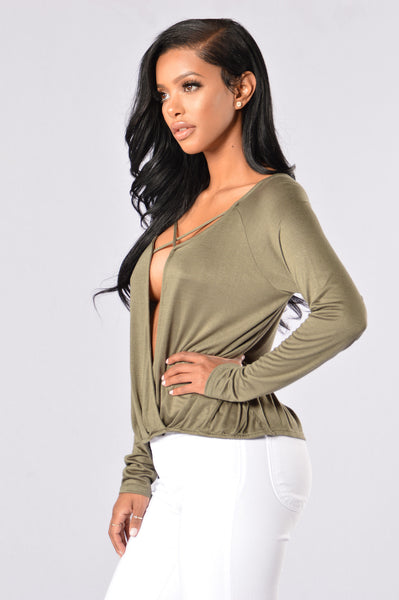 X Girlfriend Top - Olive