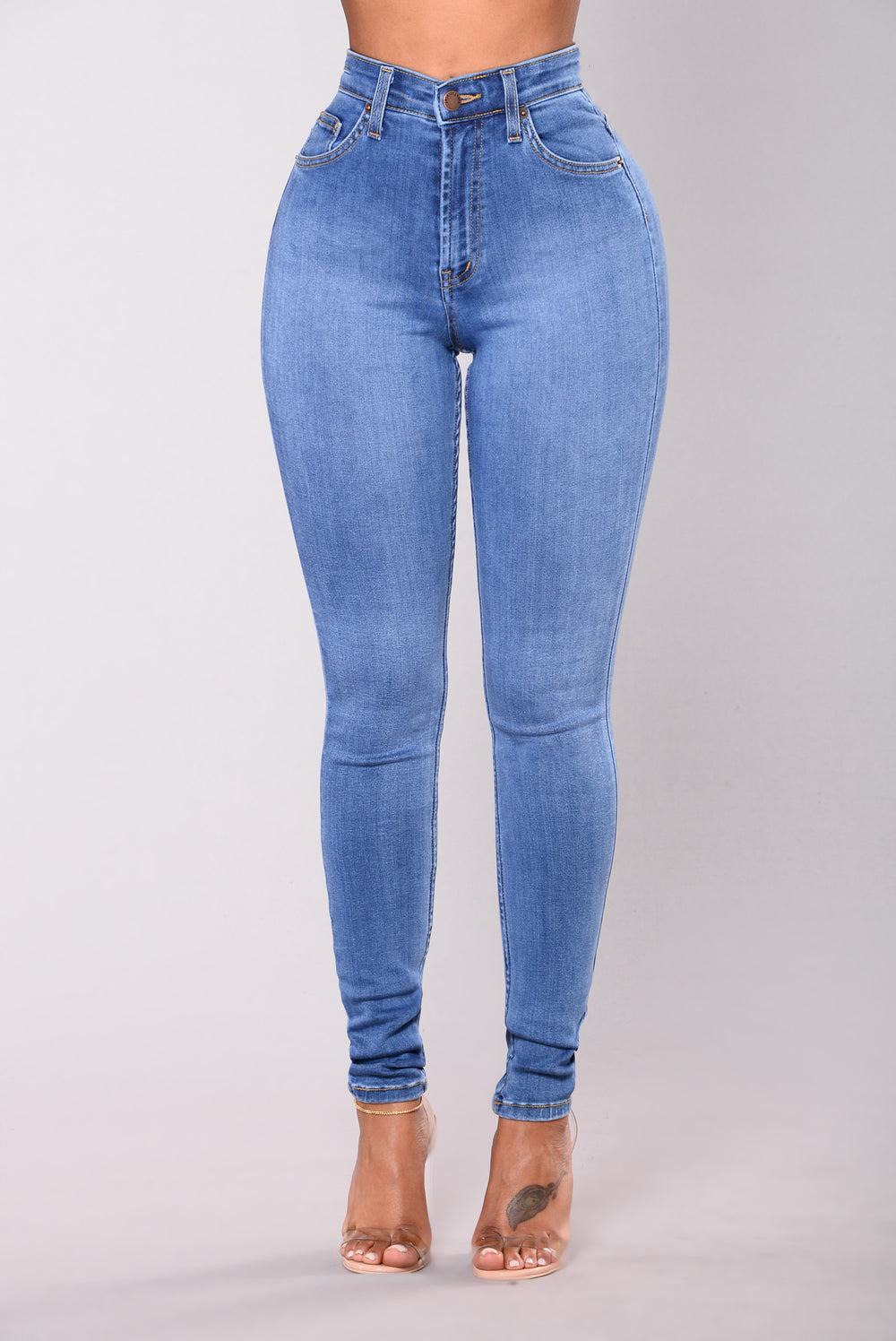Why classic jeans are always blue 82