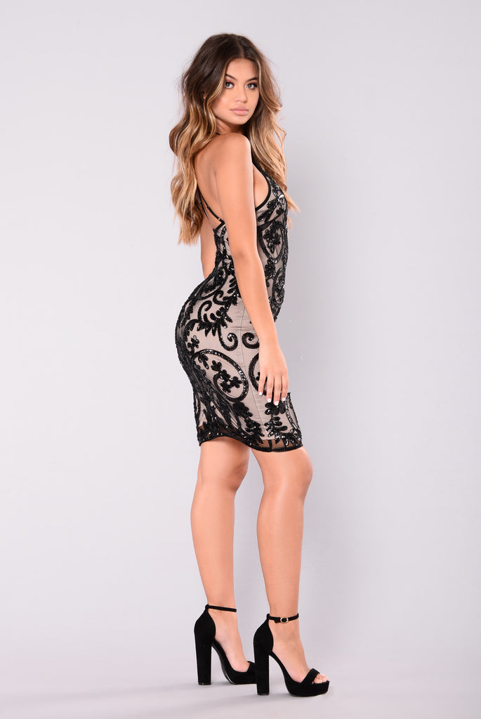 Show Up Late Sequin Dress - Black