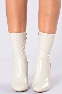 Penthouse Boot - Grey Patent