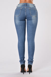 Going Rogue Jeans - Medium Blue Angle 2