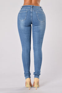 Worn Out Jeans - Medium Blue