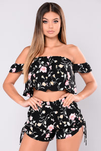 Flower Love Top - Black
