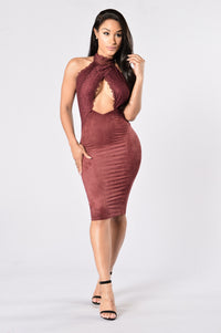 Lover's Lace Dress - Burgundy