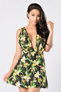 Bloom Where You're Planted Dress - Black