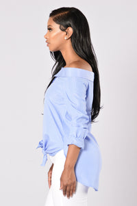 Chit Chat Top - Sky Blue/White Angle 3