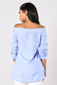 Chit Chat Top - Sky Blue/White Angle 2