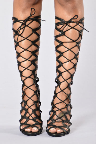 The Gladiator Heel - Black