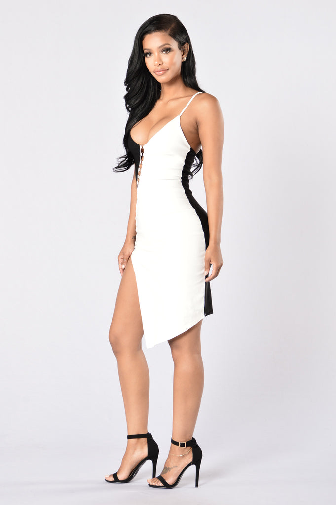 Come & Get It Dress - Black/Ivory