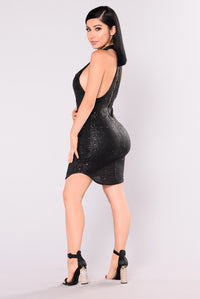 Dancing Away Sequin Dress - Black