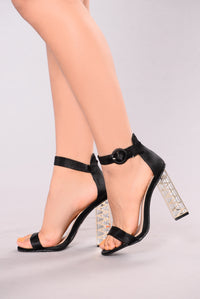Watch Me Now Heel - Black
