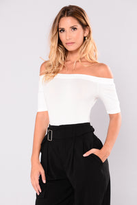 Avery Off Shoulder Bodysuit - Off White