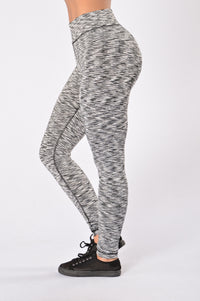 Making Noise Legging - Black