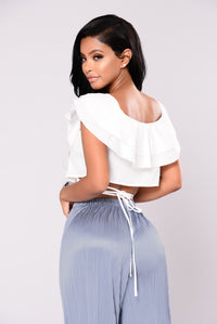 Blindfold Ruffle Top - White
