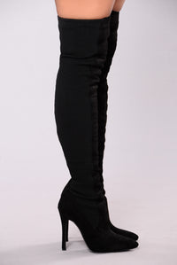 Sara Stretch Heel Boot - Black