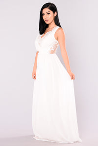 Alya Maxi Dress - Cream
