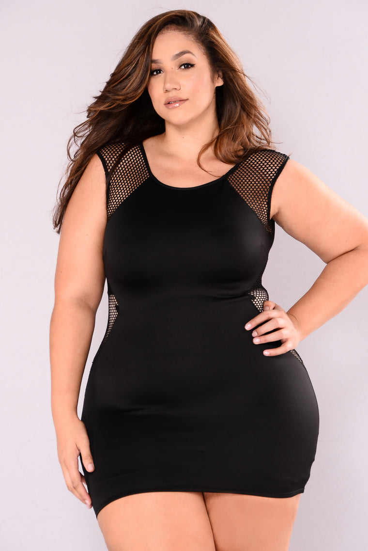 Guarded Fishnet Dress - Black